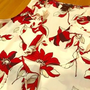 Ann Taylor floral sleeveless blouse